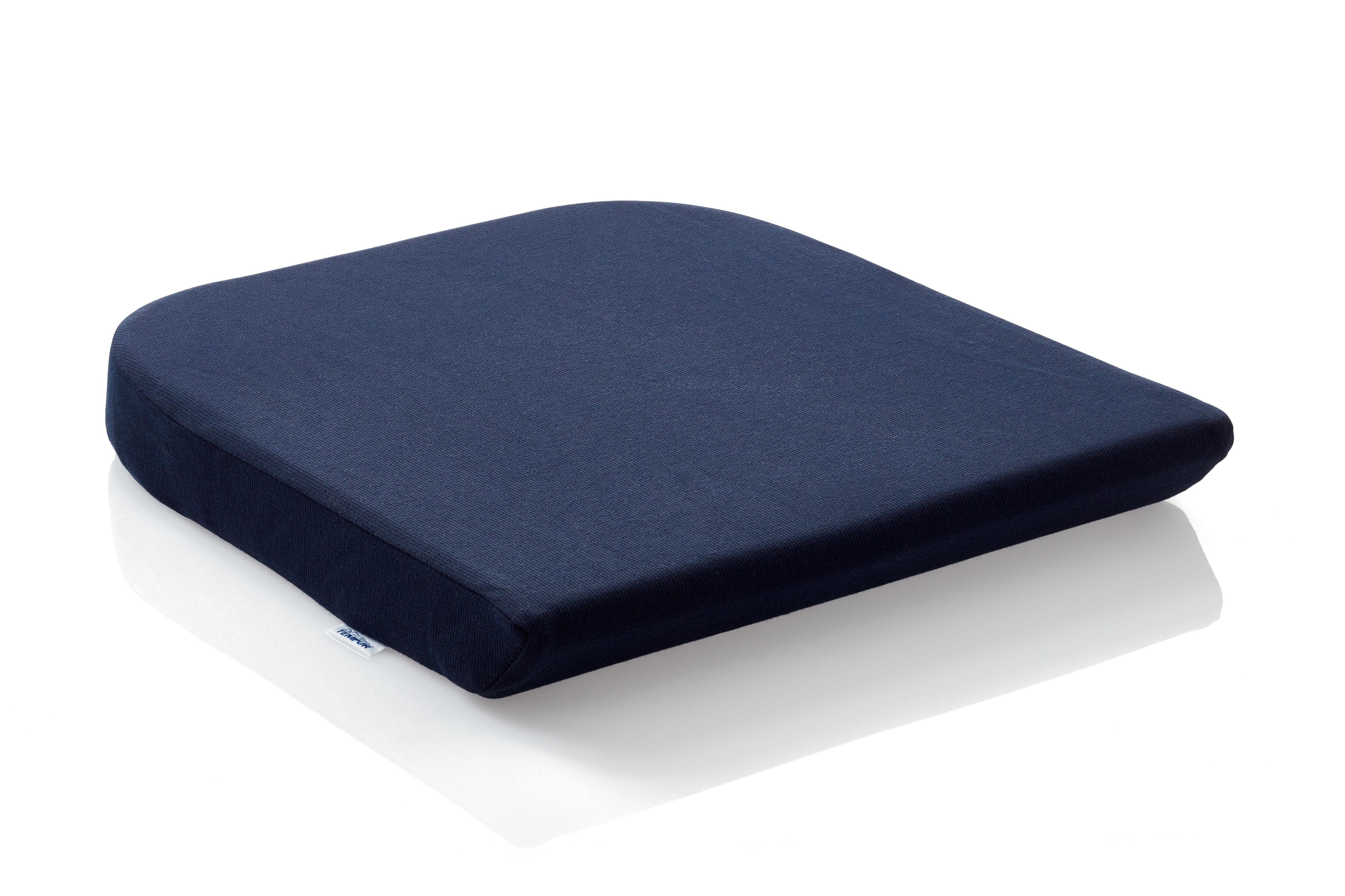 TEMPUR-istuintyyny lisää istumisen mukavuutta jakamalla painosi tasaisesti istumapinnalle. Tyyny mahdollistaa pitkäkestoisenkin istumisen ilman rasittavaa paineen tunnetta ja tarvetta alituiseen asennon vaihteluun, näin parantaen keskittymistä ja työtehoa.